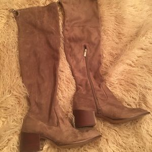 BCBGeneration knee boots